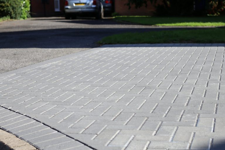 Block Paving Fitters near Castle Bromwich